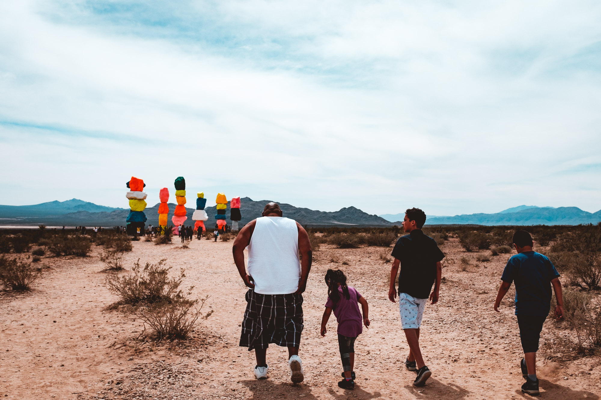 cholo-family-seven-magic-mountains-las-vegas