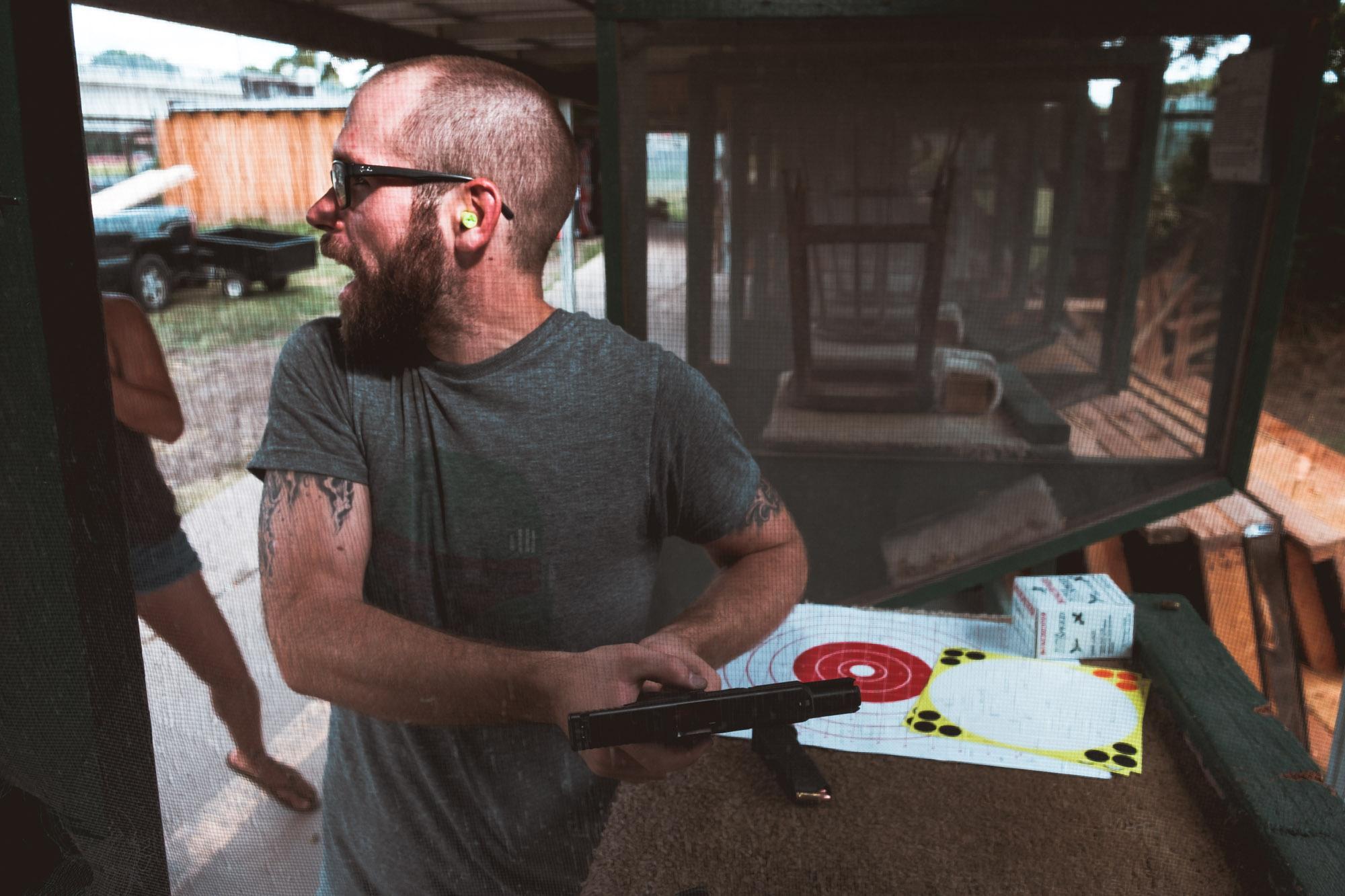 Bob Reloading Glock 9mm Garland Shooting Range